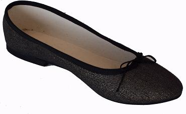 Queen Size Exclusive Ladies Footwear, Classic Pumps, Black, Winter Collection.