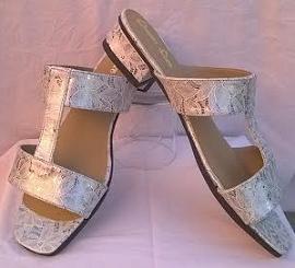 Queen Size Exclusive Ladies Footwear, Comfortable Medium Heel Sandal.