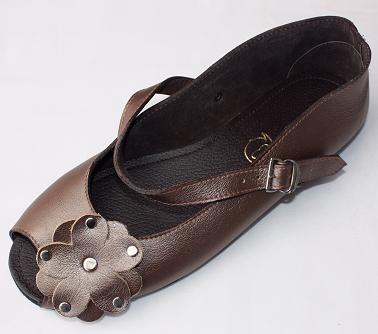 Queen Size Exclusive Ladies Footwear, Peep-Toe, Bronze, New Range.