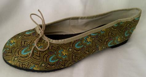 Queen Size Exclusive Ladies Footwear, Fashion Pumps, Ballet Pumps with a Twist, Gold and Turquoise motif.