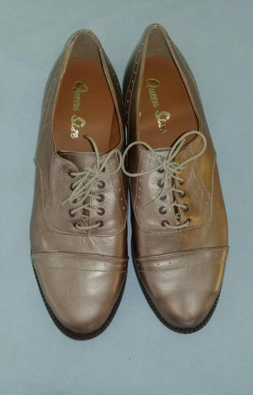 Queensize Shoes, Brogue lace up.